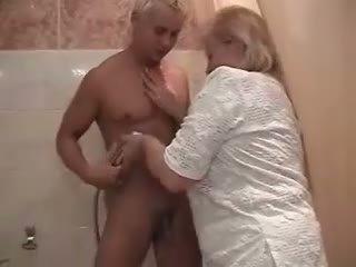 баба, душ, дебелия задник