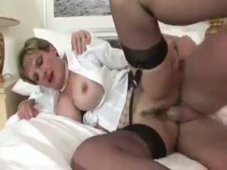 Dzimumloceklis bouncing dāma sonia spermas izšāviens