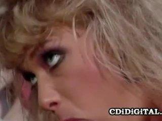 Kristina พระมหากษัตริย์ a รีโทร double penetration เพศ