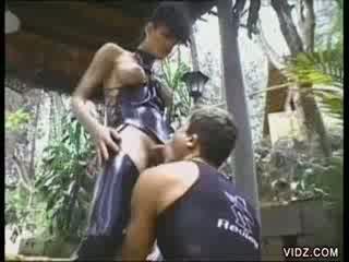 T-girl Deborah gets tight booty screwed