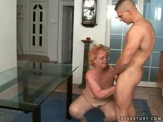 hardcore sex, vecs, vecmāmiņa
