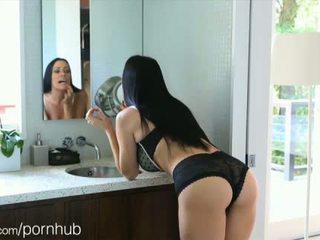 Puremature mãe takes 12-inch caralho