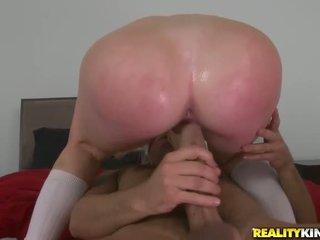 Ung studenten alexis ford förför henne tränare
