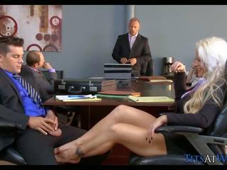 金發 懶婦 在 該 會議 室, 免費 高清晰度 色情 68
