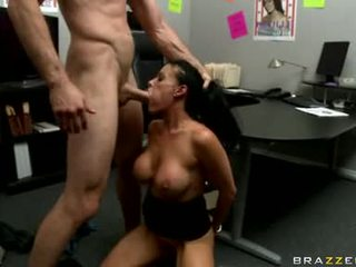 Sexy Doxy Vanilla DeVille Is Getting Fucked Real Good Just Tthat Guy Way She Likes It