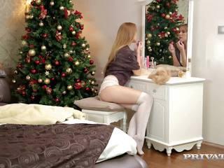 Ziemsvētki cums agri par alexis kristāls