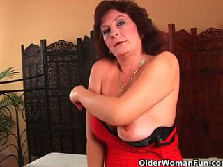 Grandma with big tits and hairy pussy gets facial - Porn Video 762