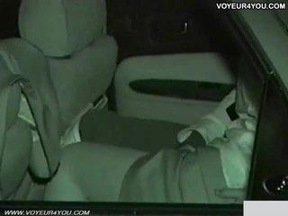 Echt amateur dag nacht auto seks