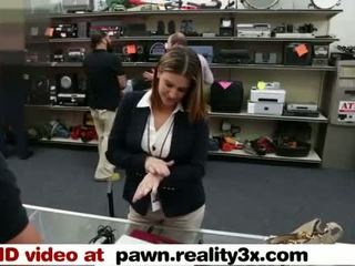 Real Spycam Sex - Foxy Business Lady Gets Fucked - Pawn.reality3x.com