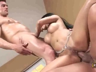ruskeaverikkö, hardcore sex, blowjobs