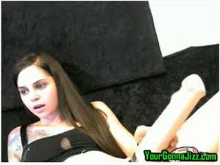 Kamera perempuan tak senonoh squirts air mani using hitatchi dengan yang tampon dalam