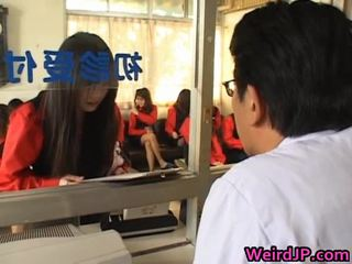 Asia girls getting a amoral bayan