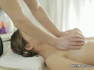 Szex crazed adelle needs kemény fasz -ban neki száj