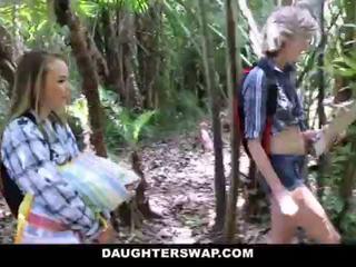 Daughterswap- חרמן daughters זיון אבות ב camping טיול <span class=duration>- 10 min</span>