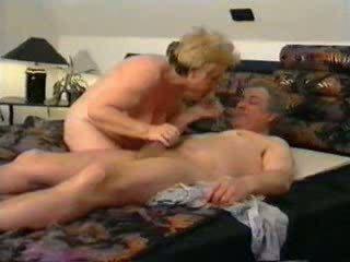 Bà và ông nội fucking video