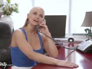 Prettydirty betrügen ehefrau eaten aus von stepson
