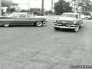 Devi uz lesbietes video uz the stils no the 50s