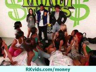 Cash videos