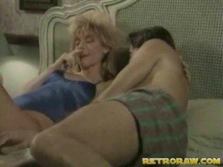 性交性愛, 口交, 金發