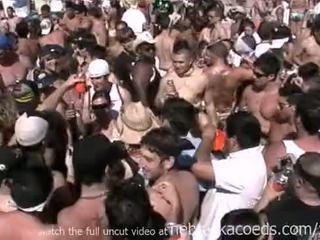Insane spring přestávka pláž strana s horký nahý skutečný holky