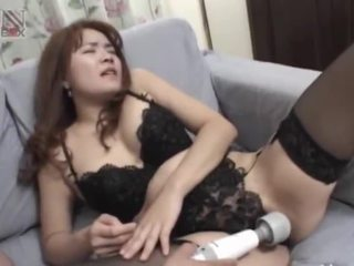 Asian sex from Tokyo in a hotel bedroom
