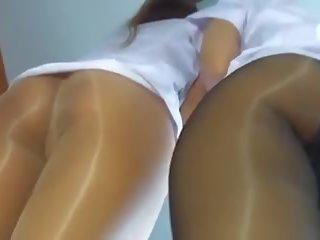 Maz butts uz glossy zeķbikses, bezmaksas hd porno 23