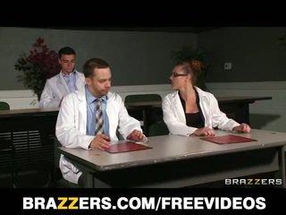 Slutty blonde nurse sneaks off at work to bang a hospital intern