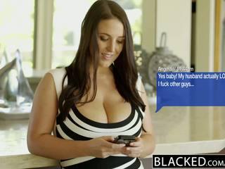 Blacked groß natürlich titten australisch mieze angela weiß fucks bbc