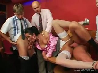 Arousing kamy andrews gets showe.