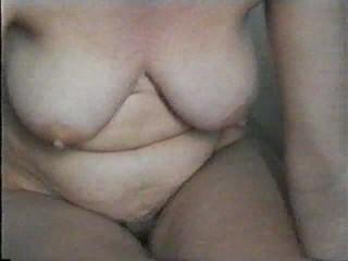 Liels pakaļa hole