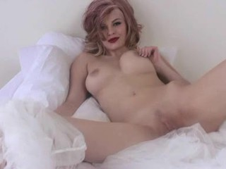 Bree Daniels Thumps Her Tight Bawdy Cleft With Her Awesome Glass Toy And Loves It