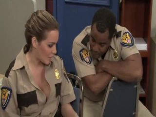 Grūti porno trailer reno 911 bobbi starr, jada uguns, jessica lynn, natasha jauks, sophie dee, stephanie cane, violet monroe