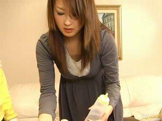Japanska av modell sugande kuk