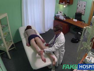 Frumos amator pacient inpulit cu fraud medic