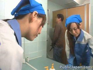 Азиатки executive момиче прецака в а публичен автобус безплатно видео