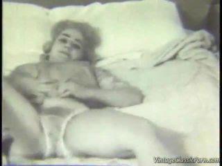 Retro phòng ngủ striptease