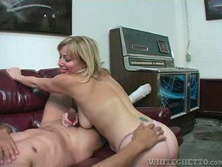 Sexy Slut Adrianna Nicole Explores Arm...