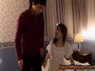 Maduros japonesa modelo gets fingered