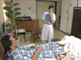 Refined тайландски медицинска сестра has прецака от а пациент