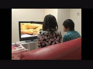 Mutter und sohn beobachten porno zusammen experiment 4