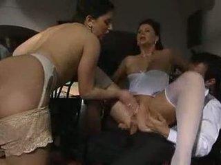 Erika Neri and Jessica Fiorentino