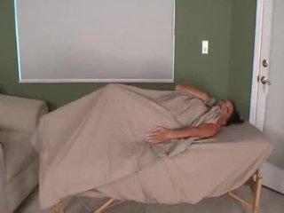 Massaging anyu