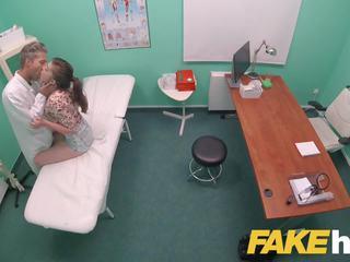 Fake ziekenhuis vies docs groot piemel loves patients nauw