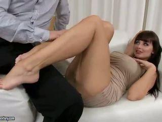 brunetka, hardcore sex, seks oralny