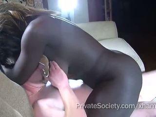 coño afeitado, cock sucking, interracial