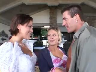 Wedding threesome mff
