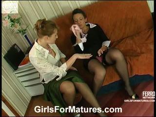 Bridget e sheila milf in lesbie processo