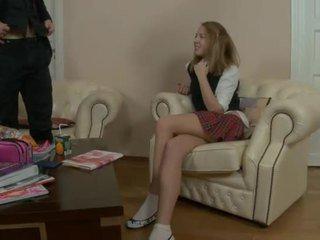 Maličký asijské dospívající gets nailed