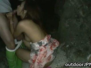 Akina heerlijk aziatisch pop enjoys openlucht - gratis porno & seks vid