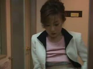 Japanilainen äiti pyydettyjen nephew nykiminen video-